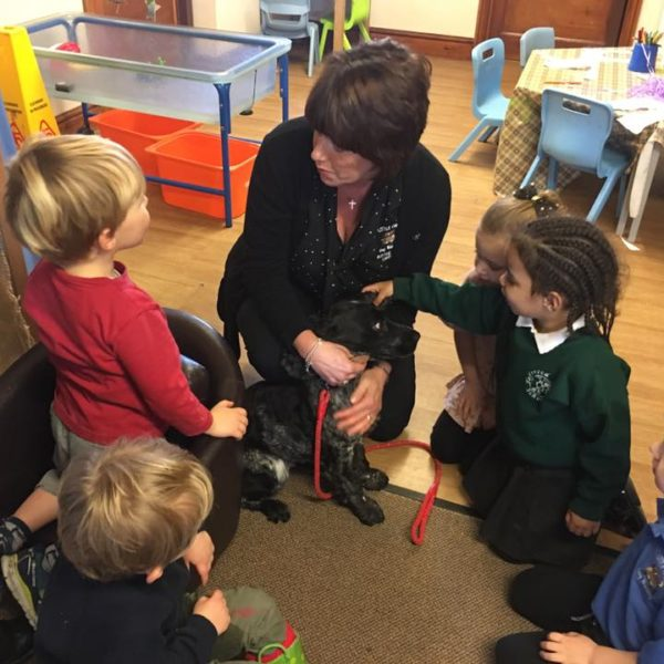 Little Owls Day Nursery Has A Visit From A Vet (2)