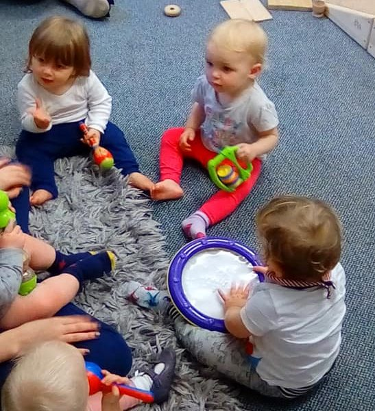 Music And Movement At Little Owls Day Nursey Scarning (3)