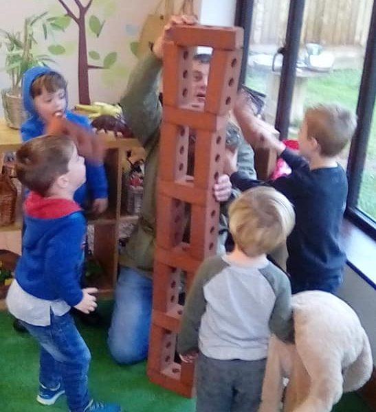 Space Story Cafe At Little Owls Day Nursery (2)