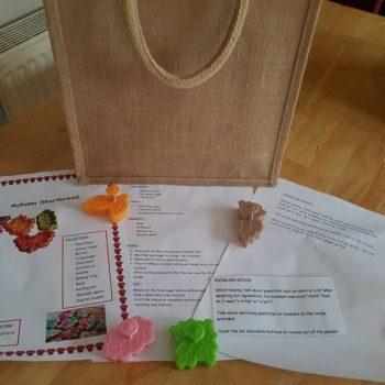 Little Owls Day Nursery Weekend Bags (1)