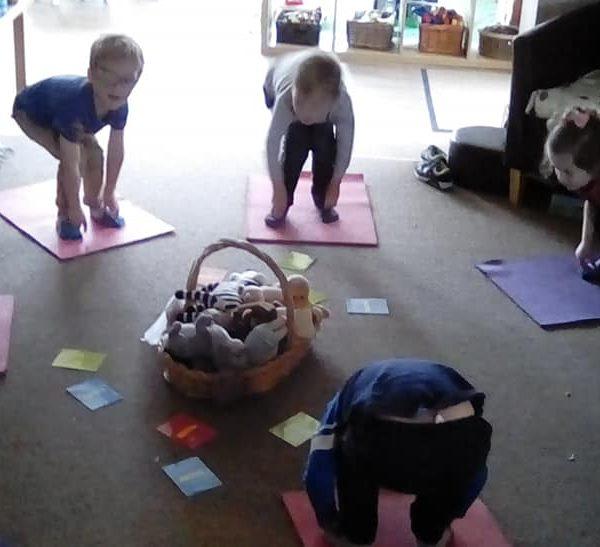 Little Owls Nurasey Norwich Doing Mini Me Yoga (2)