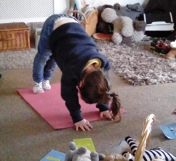 Little Owls Nurasey Norwich Doing Mini Me Yoga (3)