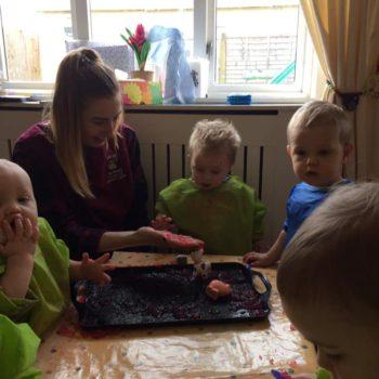 Jelly Fun At Little Owls Day Nursery Near Norwich (6)