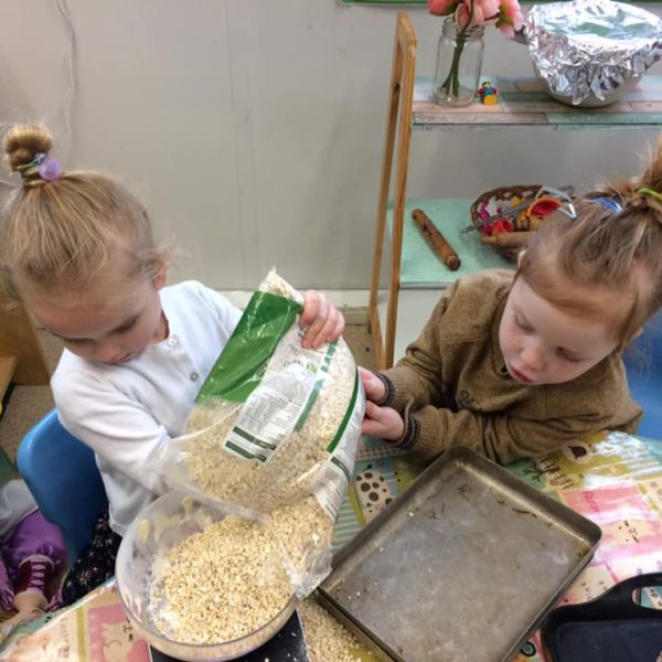 Healthy Baking At Little Owls Day Nursery Near Norwich (3)
