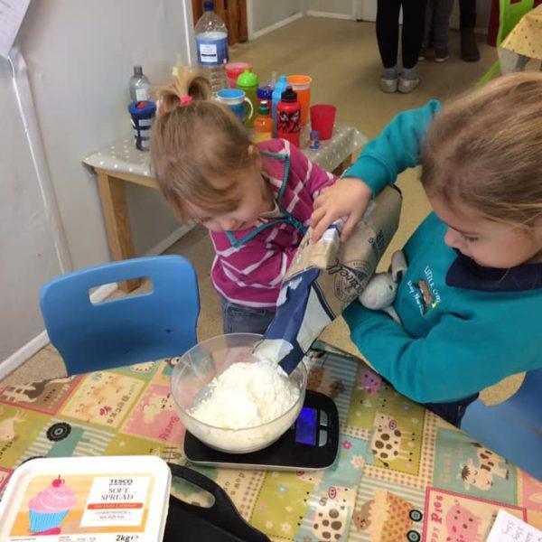 Healthy Baking At Little Owls Day Nursery Near Norwich (6)