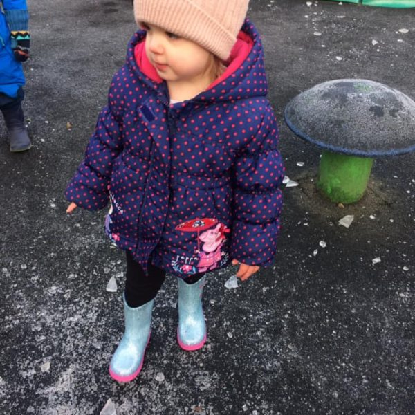 Icy Cold Weather At Litle Owls Day Nursery Toftwood Near Norwich (3)