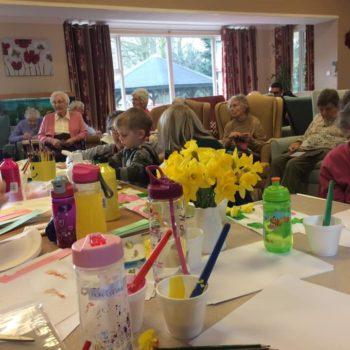 Little Owls Day Nursery Visit Eckling Grange Residential Home (4)