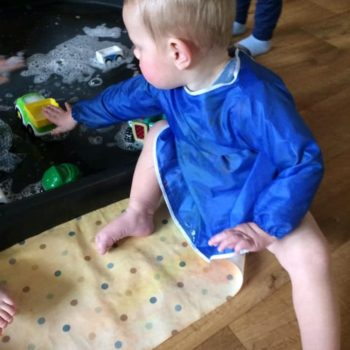 Messy Play At Little Owls Day Nursery Scarning Norfolk (1)