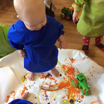 Messy Play At Little Owls Day Nursery Scarning Norfolk (2)