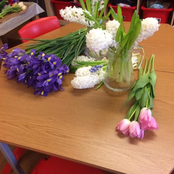 Mothers Day Celebrations At Little Owls Day Nursery Near Norwich (1)
