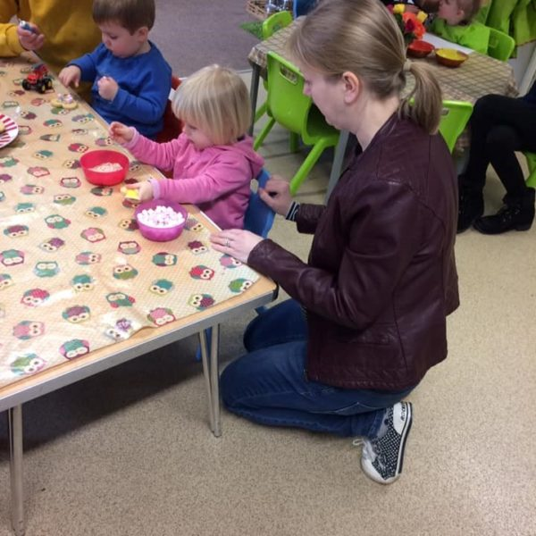 Mothers Day Celebrations At Little Owls Day Nursery Near Norwich (2)