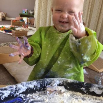 Discovering Winter At Little Owls Day Nursery (1)