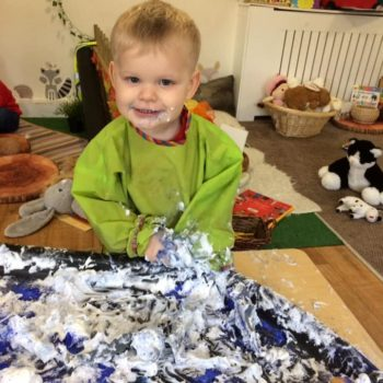 Discovering Winter At Little Owls Day Nursery (3)