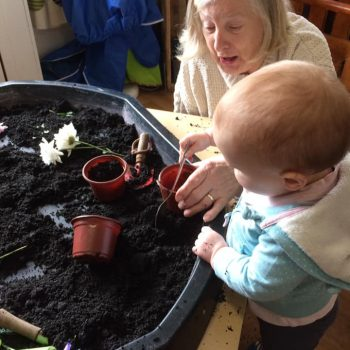 Grandparents Play And Stay At Little Owls Nursery (15)