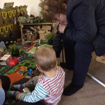 Grandparents Play And Stay At Little Owls Nursery (5)