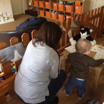 Grandparents Play And Stay At Little Owls Nursery (7)