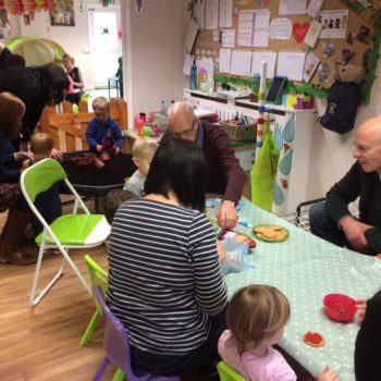 Grandparents Play And Stay At Little Owls Nursery (8)