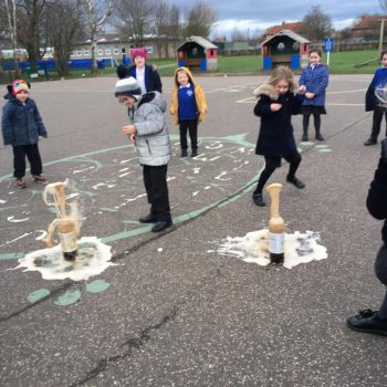 Science Ecperiment At After School Club Dereham (5)