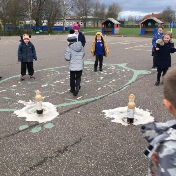 Science Ecperiment At After School Club Dereham (8)