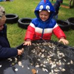 Exploring Nature At Little Wowls Nursery Near Swaffham (4)
