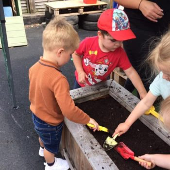 Smell And Touch Senses Little Owls Nursery Dereham (6)