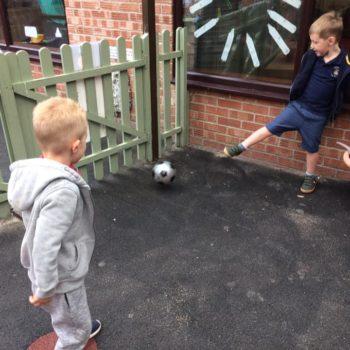 Sports Day At Little Owls Nursey Dereham (4)
