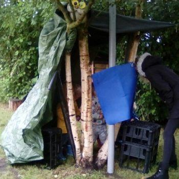 Den Building At Little Owls Nursery Norfolk (2)