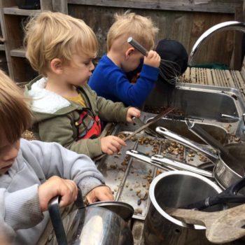 Little Owls Mud Kitchen (1)