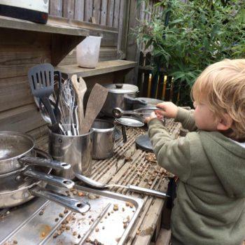 Little Owls Mud Kitchen (11)