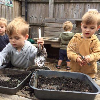 Little Owls Mud Kitchen (4)