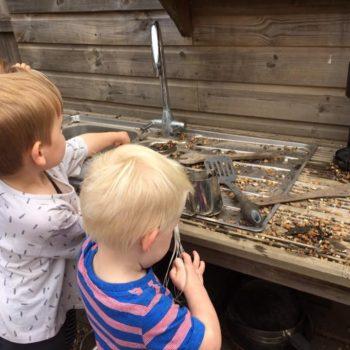 Little Owls Mud Kitchen Between Kingslyyn Amd Norwich (10)