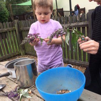 Little Owls Mud Kitchen Between Kingslyyn Amd Norwich (5)