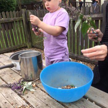 Little Owls Mud Kitchen Between Kingslyyn Amd Norwich (7)