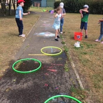 Festival And Carnival Weel At Hoots Holiday Summer Club Norfolk (11)