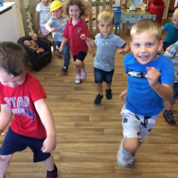Little Owls Practising Ballet (4)
