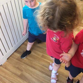 Little Owls Practising Ballet (9)