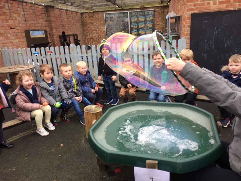 Creating Bubbles At Little Owls Dereham Norfolk (8)