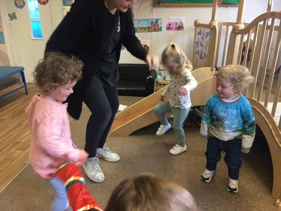Music And Movement At Little Owls (3)