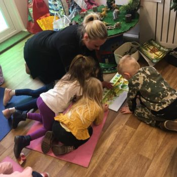 Music And Yoga At Little Owls Baby Care In Dereham (4)