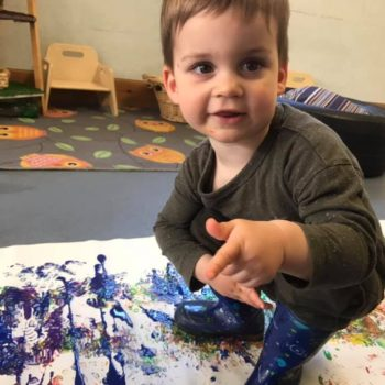 Making Rainbows At Little Owls Baby Care In Norfolk (4)