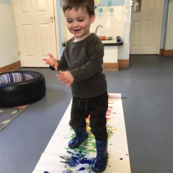 Making Rainbows At Little Owls Baby Care In Norfolk (5)