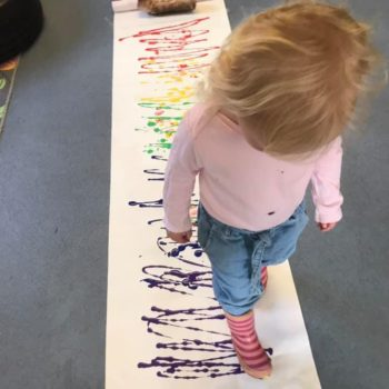 Making Rainbows At Little Owls Baby Care In Norfolk (6)