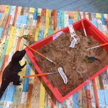 Dinosaus At Hoots Holiday Club In Norfolk (3)