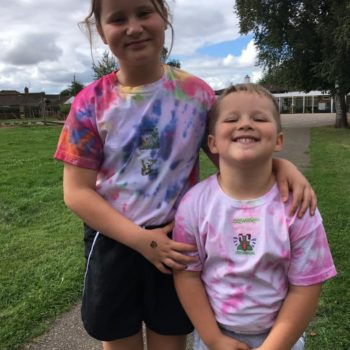 Tie Dying At Hoots Holiday Club In Norfolk (17)
