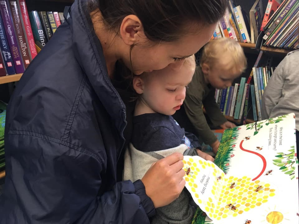 Exploring Books At Little Owls Outstanding Babycare In Norfolk (8)